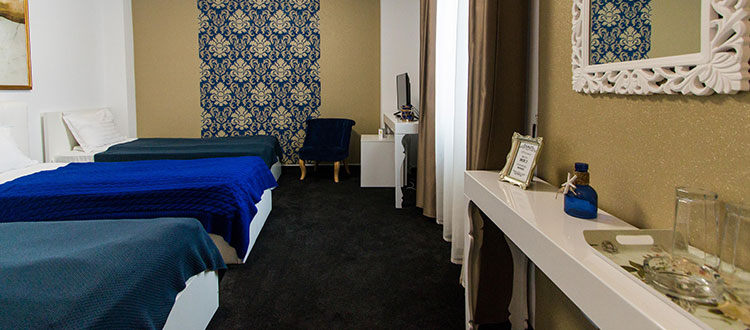 Camera cu trei paturi - Hotel Jolie
